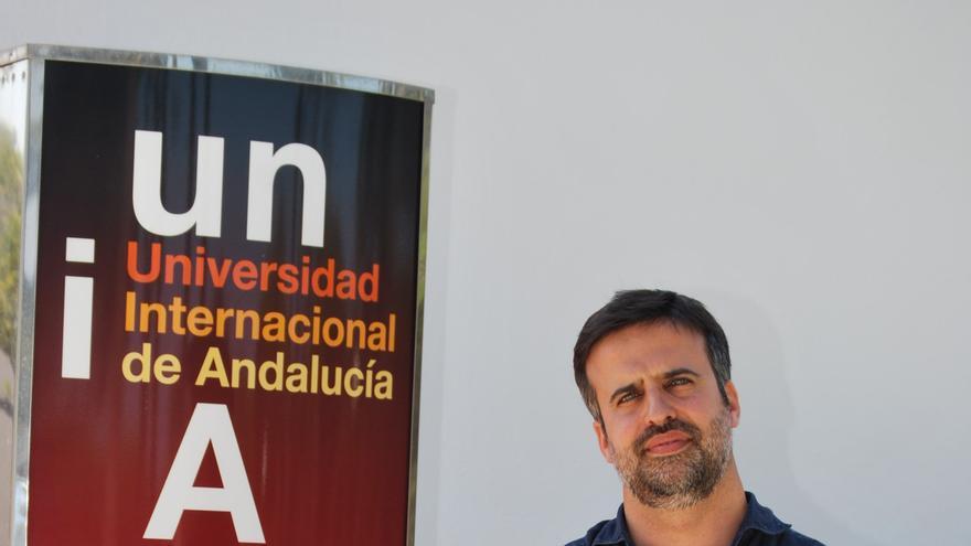 El profesor de la Universidad de Sevilla en la sede de la UNIA en La Rábida.