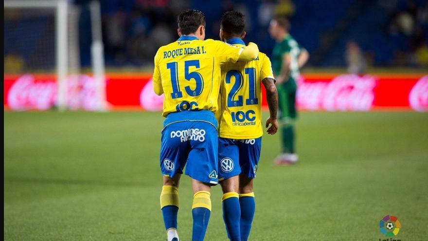 Roque Mesa y Jonathan Viera.