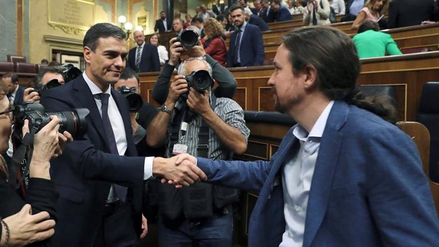 Sánchez e Iglesias mantienen una reunión privada en La Moncloa