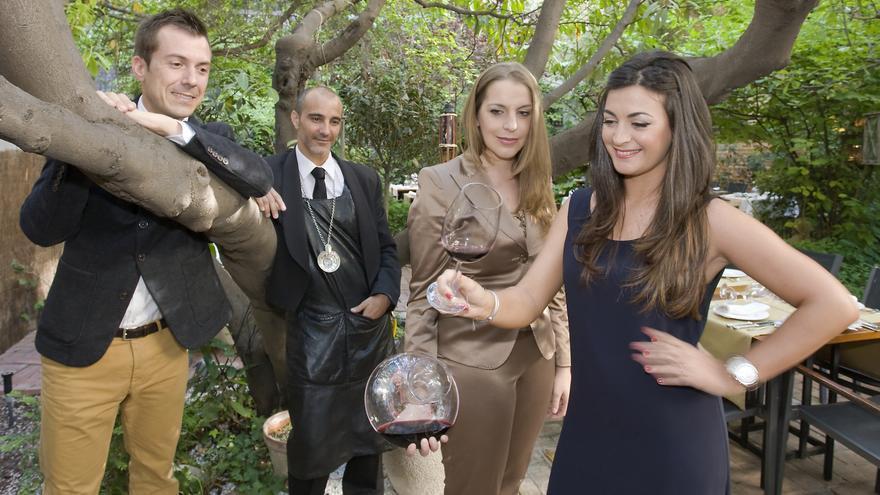 Carmen, Nuria, Álex y Natalio son sumillleres