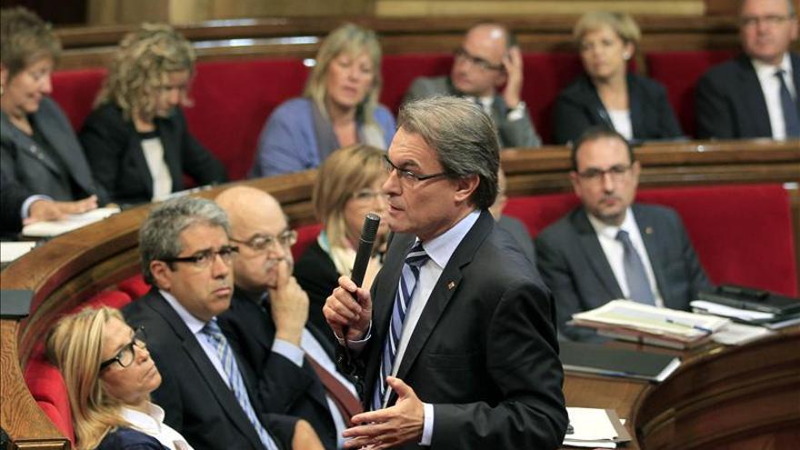 """Mas dice que no es nadie para """"desautorizar"""" a Junqueras por pedir parar la economía"""