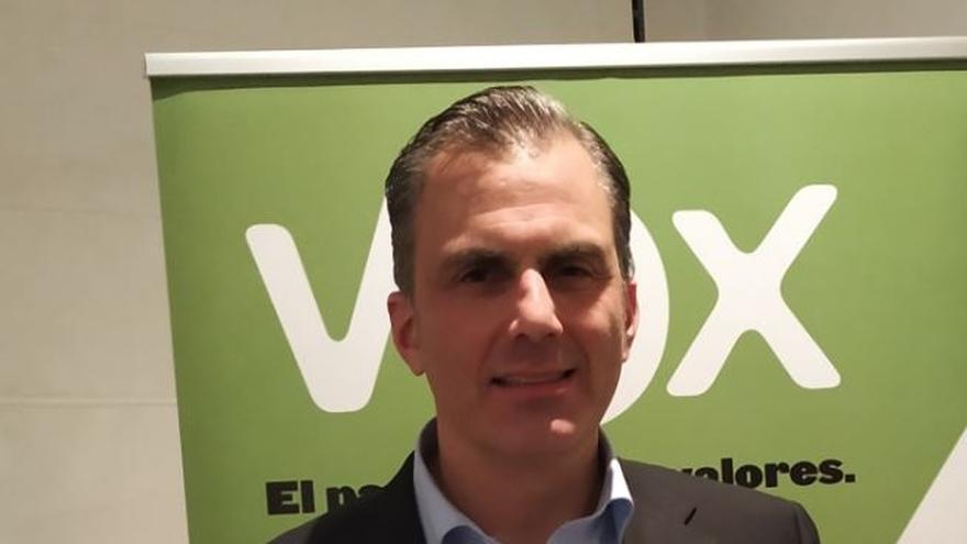 Ortega Smith (Vox) insta a las fuerzas políticas con grupo parlamentario a presentar una moción contra Sánchez