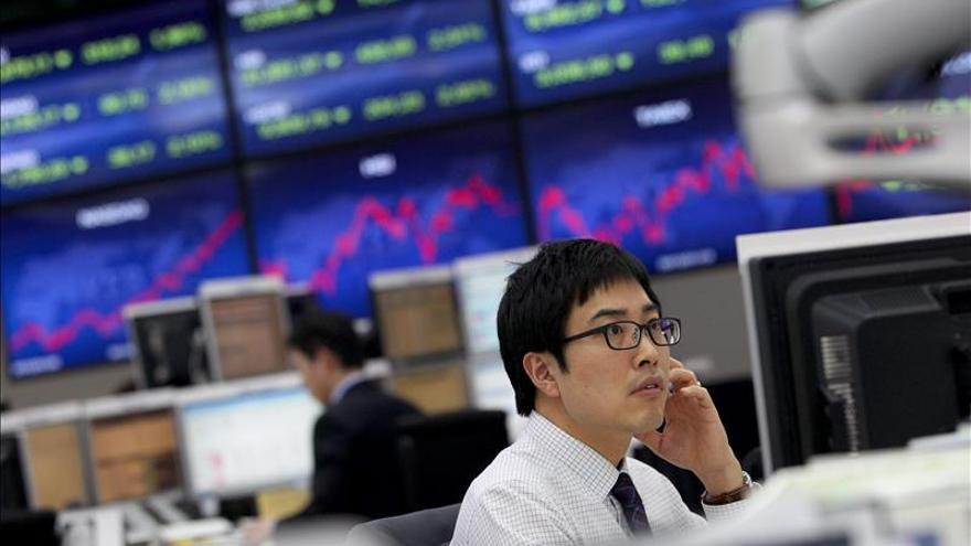 El Kospi surcoreano sube un 0,25 por ciento hasta los 2.053,51 puntos