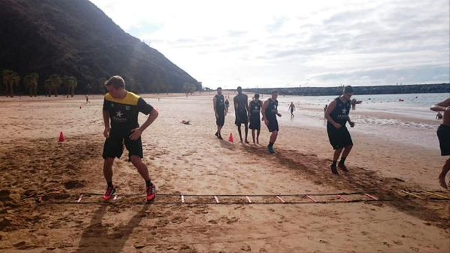 Primer entrenamiento del Iberostar Tenerife