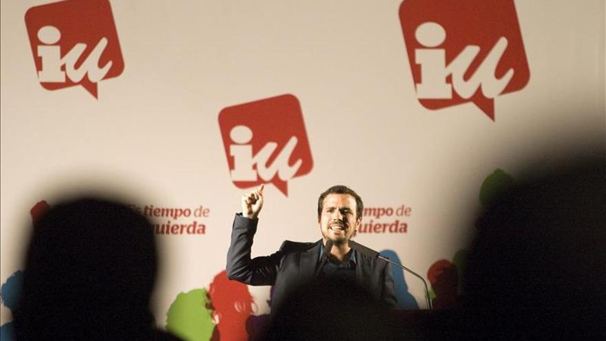 Garzón (IU) pide precaución ante las encuestas, que pueden fallar con estrépito