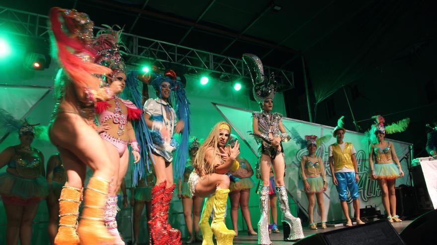 En la imagen, un momento de la Gala Drag Queen de El Llanito. CRÉDITO: JOSÉ AYUT