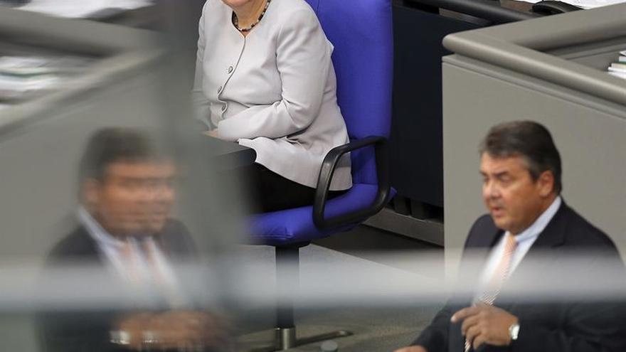 Socios bávaros de Merkel exigen favorecer a los cristianos en la política migratoria