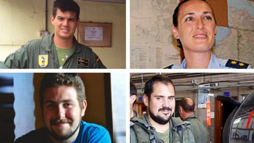 Los cuatro militares desaparecidos en el helicóptero del SAR en aguas canarias.