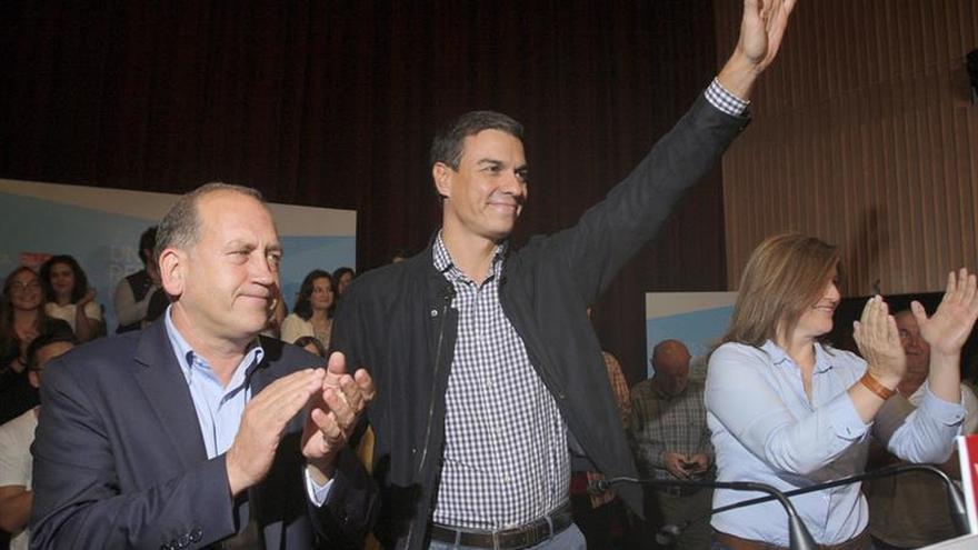 """Rajoy pide que Sánchez se canse de """"fastidiar"""" y él le dice que su no es """"no"""""""