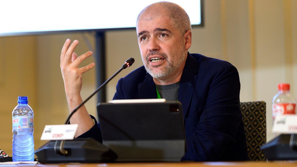 Unai Sordo, secretario general de CCOO, en los cursos de verano de la UIMP.