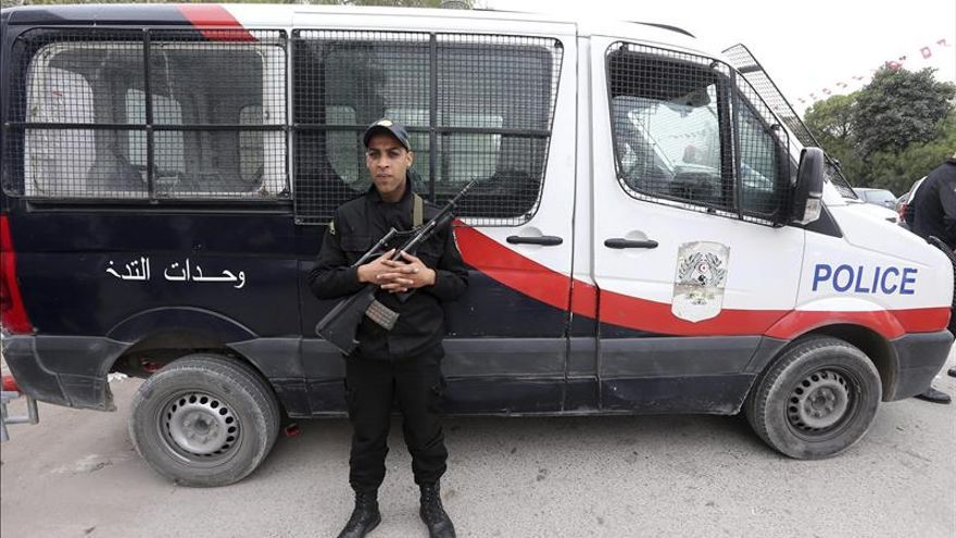 Túnez detiene a tres hombres que trataban de entrar desde Libia para atentar