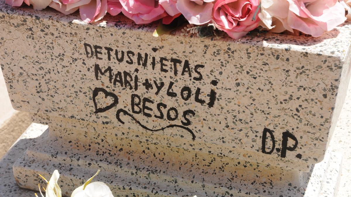 Mensaje en la fosa común de Manzanares