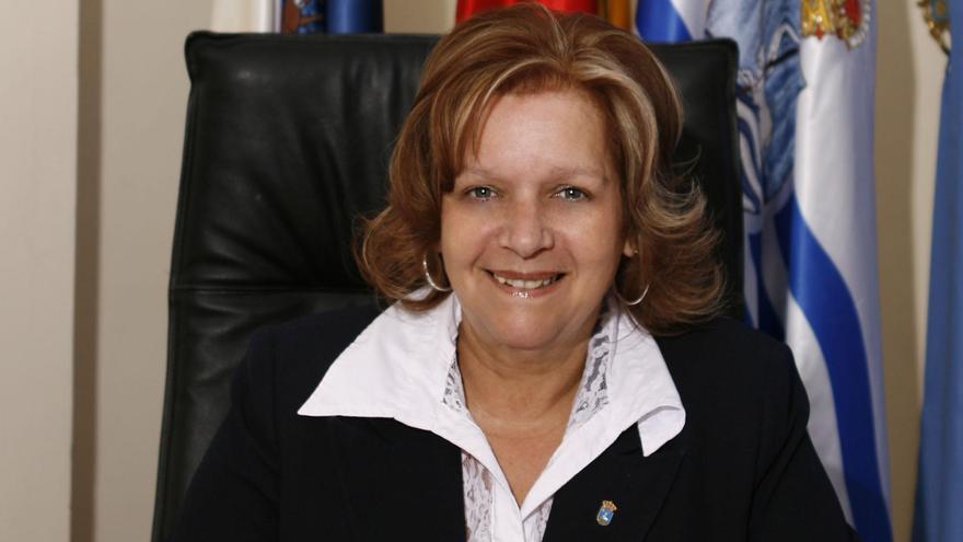 """Fidela Velázquez: """"San Juan de la Rambla está creciendo económicamente"""""""