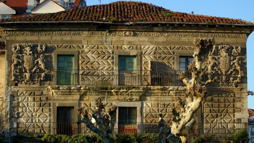 La fachada del Antiguo Hospital Militar de Santoña   HISPANIA NOSTRA