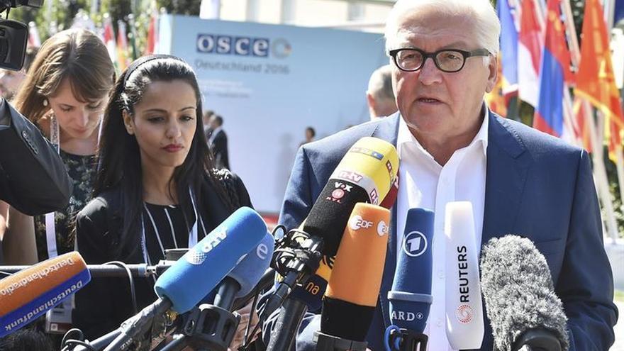Steinmeier y Ayrault visitan el este de Ucrania tras declararse una nueva tregua