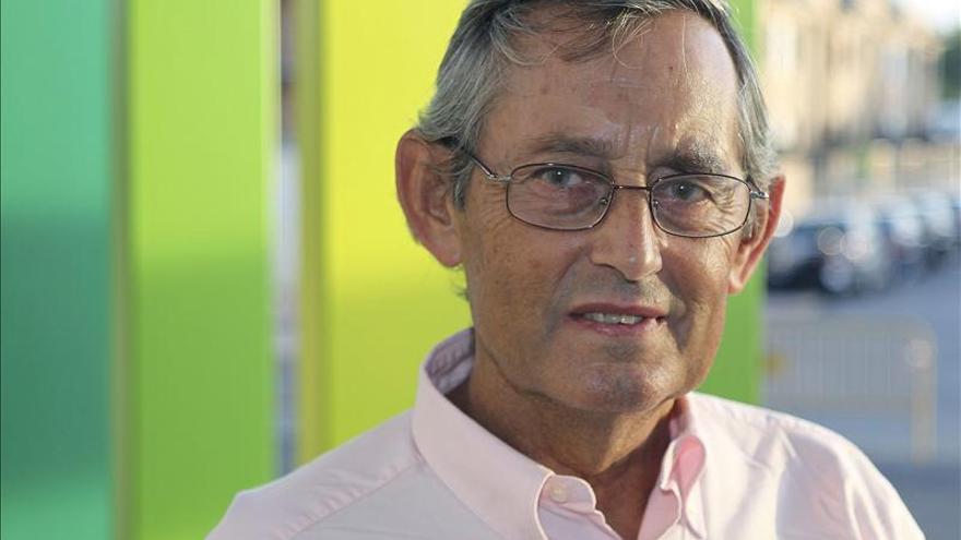 """Delibes de Castro asegura que el mejor homenaje a su padre es que """"no se dejen de leer sus libros"""""""