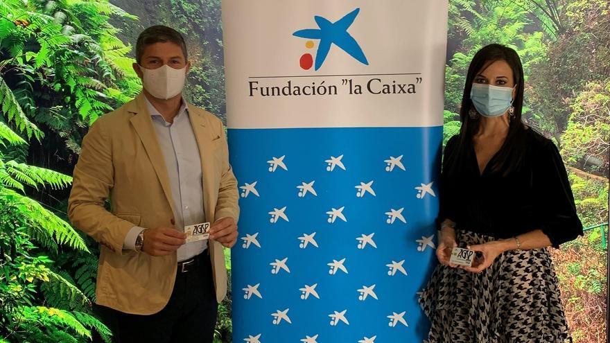 La Asociación Gastronómica Palmera y CaixaBank ponen en marcha la 'Tarjeta Gastronómica Solidaria'