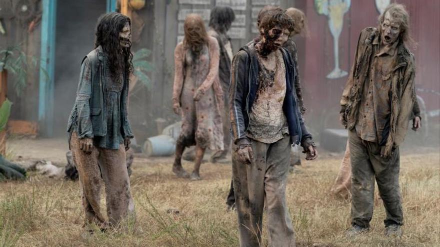 Es una lástima que no puedas distinguir estos zombies a simple vista y que te pongas a charlar con ellos sin saber que en su cabeza ya están saboreando tu cerebro