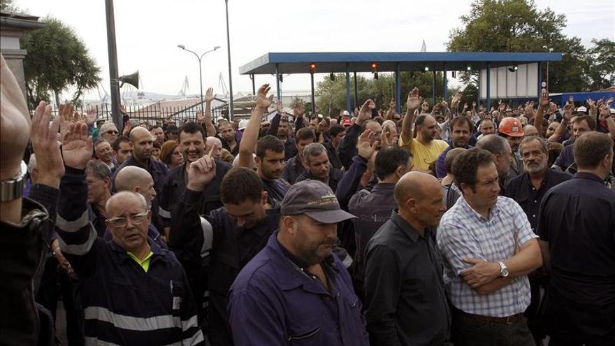 La plantilla de Navantia en la ría vuelve a las calles para exigir trabajo