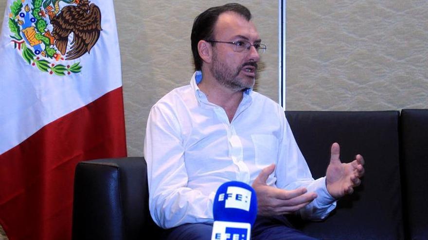 """México confía que """"enorme tenacidad"""" de Cuba le sirva de escudo ante Trump"""