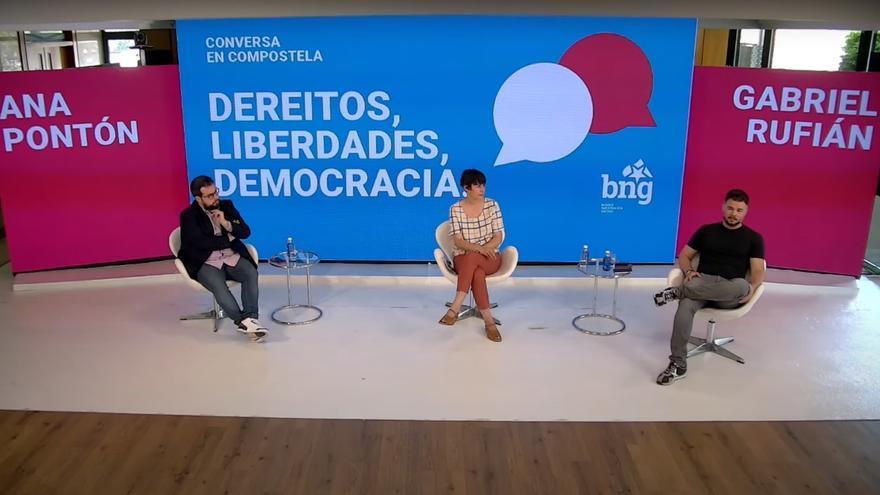 El portavoz de ERC en el Congreso, Gabriel Rufián, y la portavoz nacional del BNG, Ana Pontón, en la conversa telemática 'Derechos, libertades, democracia'