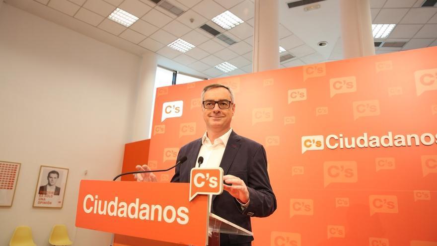 Ciudadanos insta al PSOE a abandonar uno de sus tres 'noes' y rechaza un pacto de gobierno donde esté Podemos