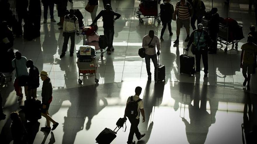 Desconvocan las huelgas previstas en los aeropuertos lusos para esta semana