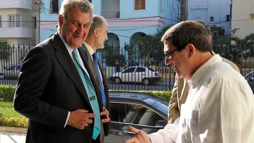 Presidente del Congreso apuesta por reforzar la presencia de España en Cuba