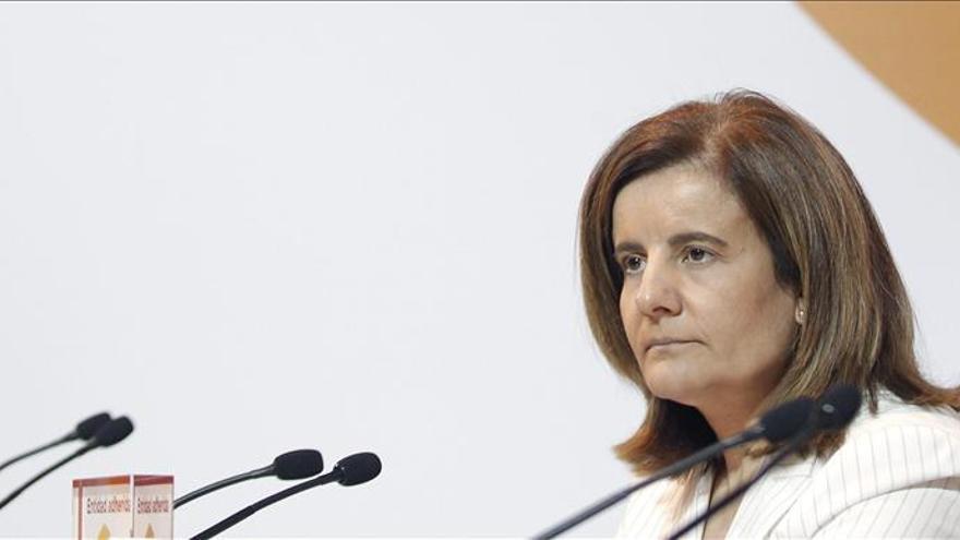 Fátima Báñez confirma la ampliación de la tarifa plana a los emprendedores de más de 30 años