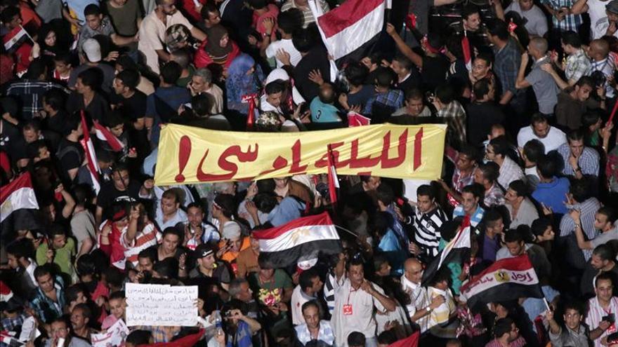Al menos 91 mujeres han sido acosadas sexualmente en Tahrir, denuncia HRW
