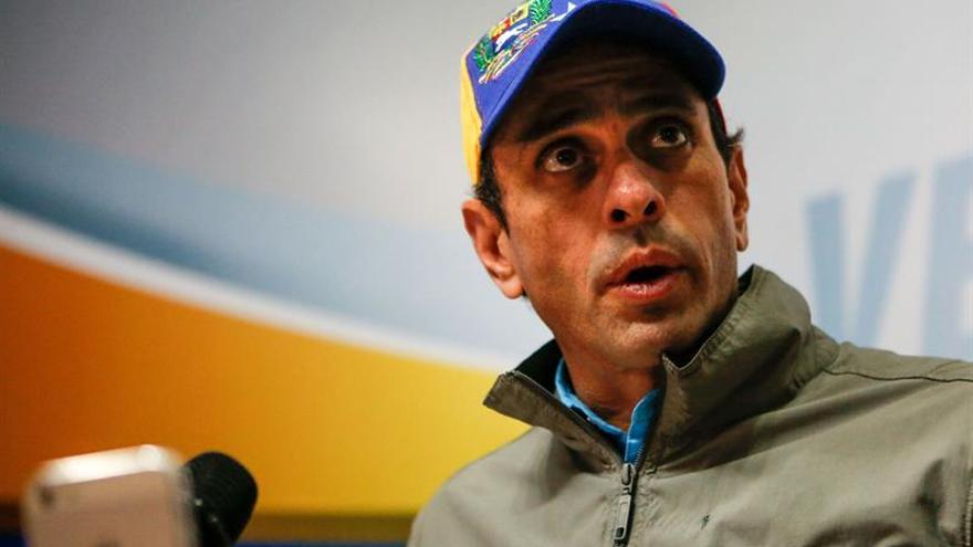 """Capriles confía en que se detendrá la """"locura"""" constituyente en Venezuela"""