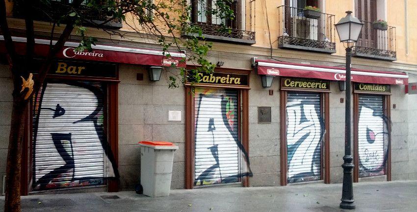 Fachada de un bar de la calle Ruiz   Foto: Somos Malasaña