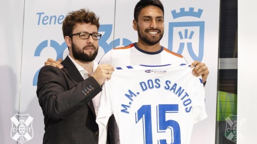 Mauro Dos Santos, en su presentación como jugador blanquiazul