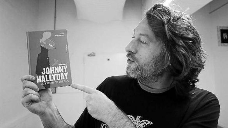 Felipe Cabrerizo presentará su último libro, 'Johnny Hallyday: A toda tralla'.