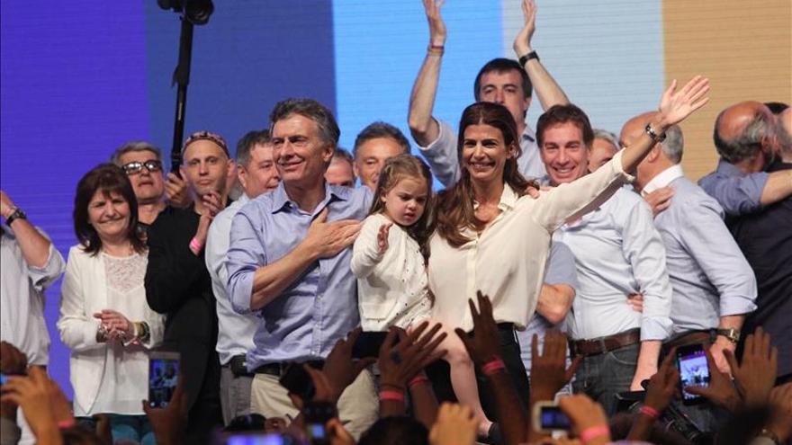 """Macri y la """"hora de la verdad"""" para la economía de Argentina"""