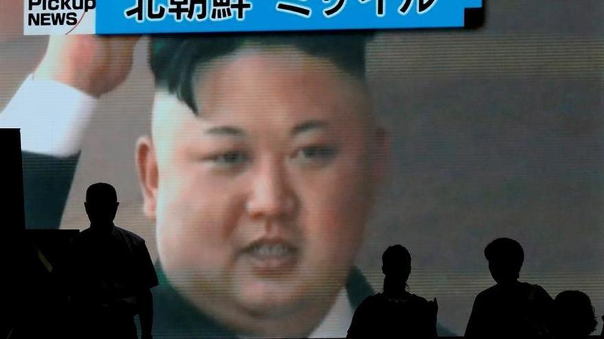 Kim Jong-un festeja con un gran banquete el lanzamiento de su último misil