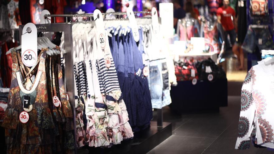 El sector textil se contrajo un 4% en 2012, hasta los 3.550 millones