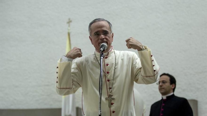 Obispo crítico de Ortega despierta patriotismo tras una misa en Nicaragua