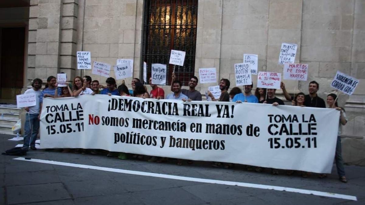 Preparativos de la manifestación del 15M en Sevilla.