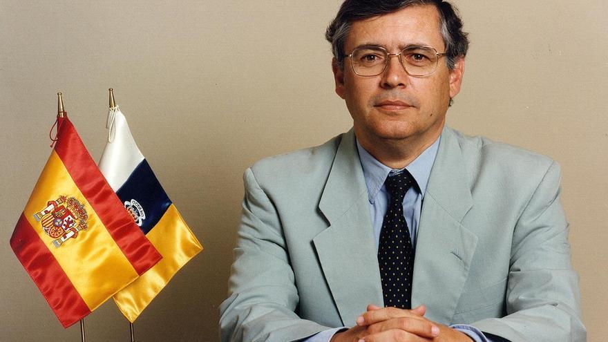 Luis Fajardo Spínola.