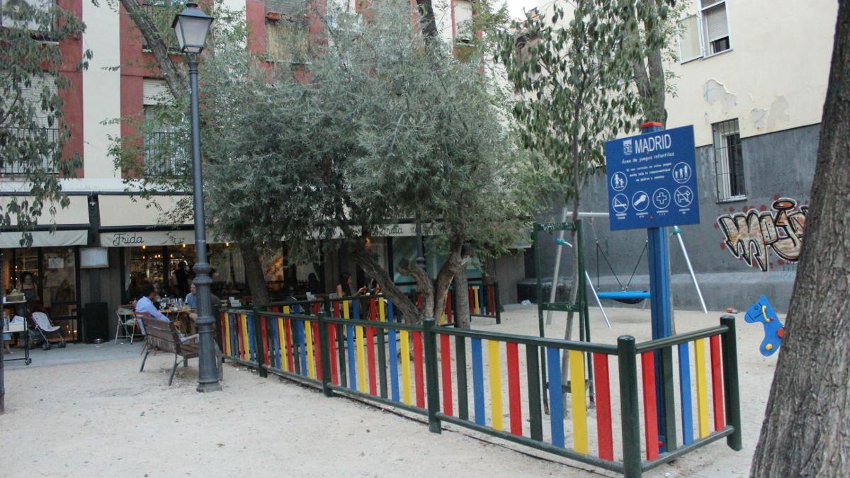 Nueva zona infantil de la plazuela de la Memoria Trans | SOMOS CHUECA