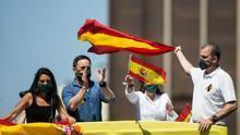 """Ortega Smith llama """"acomplejado"""" a Cs por criticar a Vox y reivindica el ambiente festivo de las protestas"""
