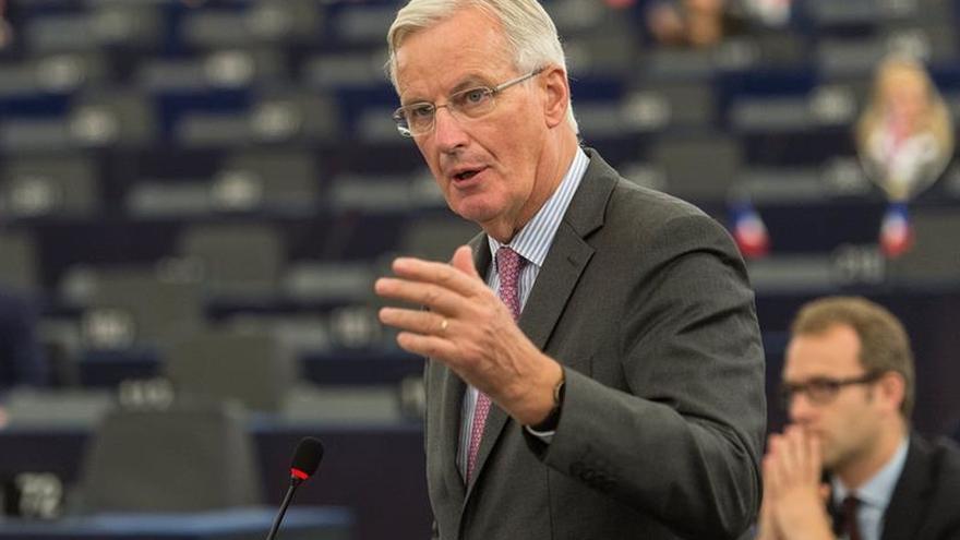 """La UE descarta una nueva etapa de negociación del """"brexit"""" por falta de avances"""