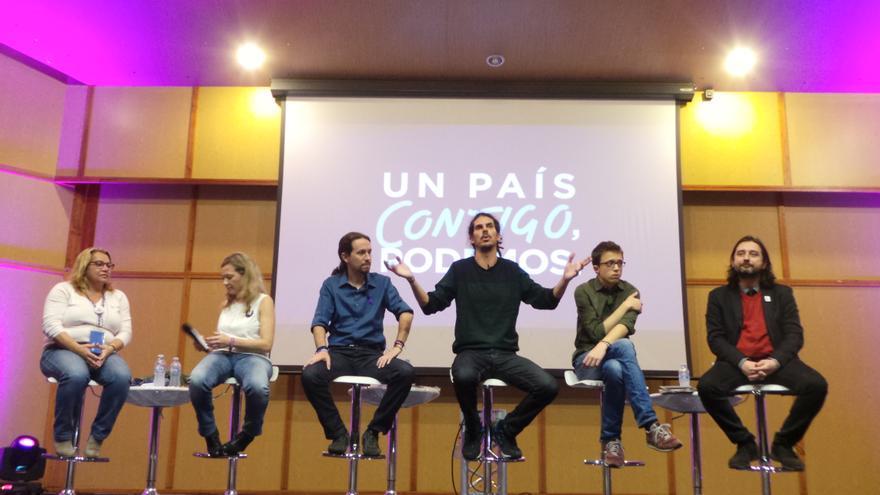Acto de campaña de Podemos en Tenerife. (Foto: Moisés Pérez).