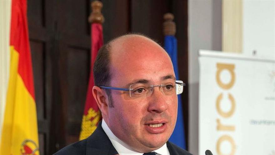 El presidente de Murcia niega haber encargado, contratado o pagado empresas Púnica