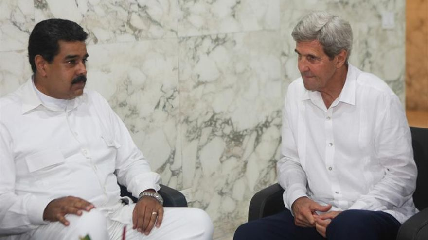 Kerry y Maduro se reúnen en Colombia entre tensiones por el revocatorio