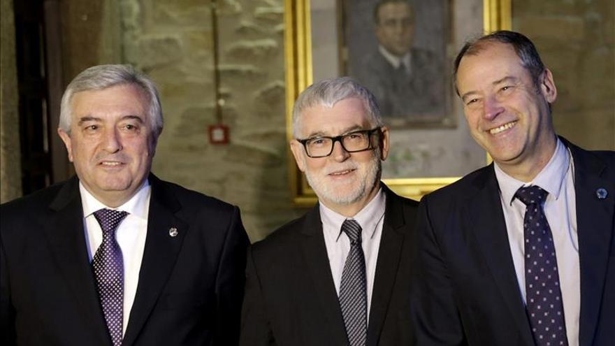 """Los tres rectores gallegos expresan """"plena sintonía"""" en la """"moratoria activa"""""""