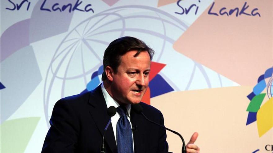 Cameron da un ultimátum a Sri Lanka para que investigue los crímenes contra la minoría tamil