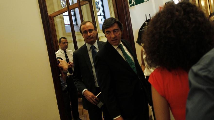 """El PP dice que el Gobierno decidirá sobre el rescate cuando esté """"todo atado y bien atado"""""""