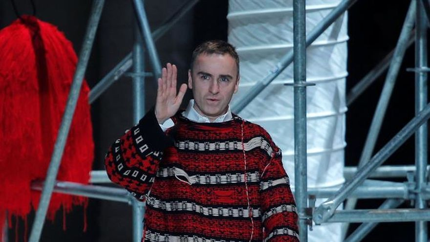 """Calvin Klein sumerge su pasarela de Nueva York en la película """"Jaws"""""""